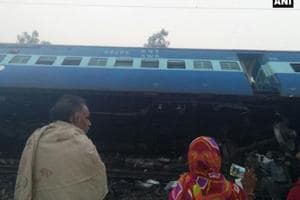 Vasco Da Gama-Patna Express derails in UP live updates: At least 3...