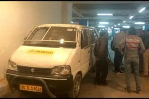 Logistics company staffer decamps with Rs 1 crore from cash van