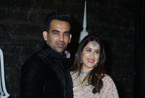 Zaheer Khan, Sagarika Ghatge host party and it's as dreamy as the Chak...