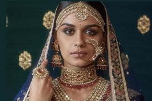 Watch Manushi Chhillar dancing to this Deepika Padukone song with...
