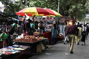 According to a BMCsurvey, there are around 1 lakh hawkers in Mumbai.