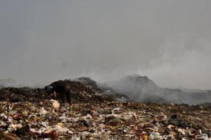 BMC tells Mumbai to segregate garbage, but dumps 100 tonnes of...