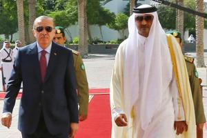 Iran, Turkey sign deal with Qatar to ease Gulf blockade