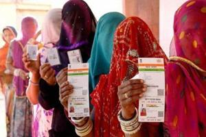 Women stand in a queue to vote for Ajmer district panchayat elections in 2016.  A man from Jalore district moved the Rajasthan High Court after he was disqualified from contesting panchayat elections because he has three children, including a disabled one.