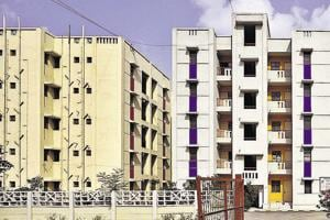 Thousands of LIG flats which were rejected in the 2014 scheme, were offered again in the 2017 plan. However, the DDAclarified that it removed all the problems cited by allottees for returning it.