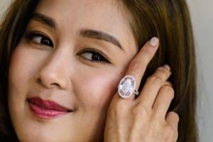 Pink diamond sells for over $32 million in Hong Kong