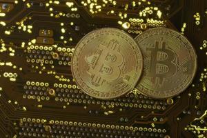 10 things you might not know about bubbly Bitcoin