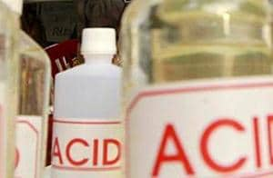 Woman dies after jilted lover attacks her with acid in Telangana