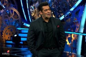 Bigg Boss 11 Dec 2 written update: Puneesh is the 'bad' guy, but Hina...