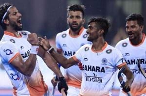 India slumped to a 2-3 defeat at the hands of England in their Hockey World League Final group stage match on Saturday.