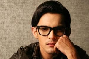 Music has lot of money but labels earning it all: Aditya Narayan