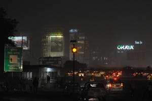 The National Highways Authority of India (NHAI) installed a blinker light near Ambience Mall on the Delhi-Gurgaon Expressway on Monday.
