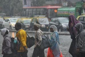 Cyclone Ockhi Effect: Rains lash Mumbai