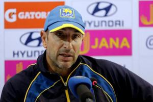Nic Pothas wasn't pleased by the umpires' decision of not stopping play earlier.