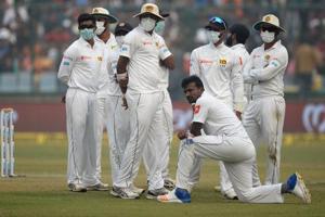 Delhi pollution: Suranga Lakmal vomits at Kotla, gasping Sri Lankan...