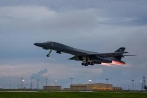 US flies supersonic bomber over South in show of force against North...