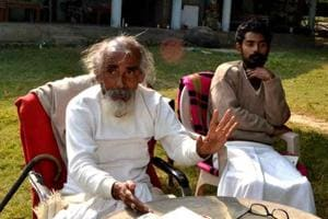 Agitating seer in Uttarakhand's Haridwar forcibly taken for medical...