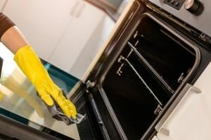 'Seriously unimpressed': UK man cements his head in oven, rescued by...