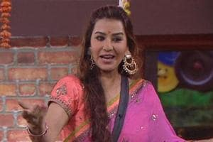 Akash Dadlani forcibly kissed Shilpa Shinde and when she protested, he just said sorry!