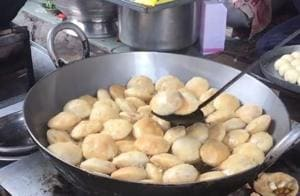 Tried and Tasted: Head to Ansari Road for the softest Punjabi puris