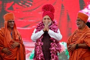 India this week in pictures: Modi's Gujarat campaign to Shashi...