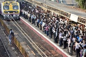 CR's winter timetable to avoid train delays irks Mumbai commuters