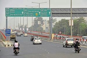 Noida E-challans issued to drivers speeding on elevated road