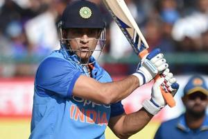 How MS Dhoni's brain works like magic on a cricket field