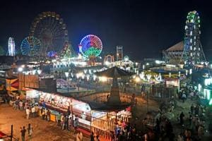 Mumbai celebrates Mahim fair