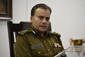 Top Delhi cop says snatching a major problem, calls for change in law