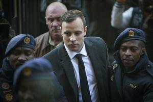 Paralympic champion Oscar Pistorius injured in prison brawl over phone