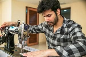Sui Dhaaga: Varun Dhawan turns a tailor for the Anushka...
