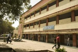 CPU stolen hours after Delhi University compiled attendence of law...