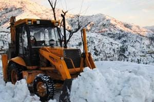 Avalanche warning for some districts in Jammu and Kashmir, Himachal