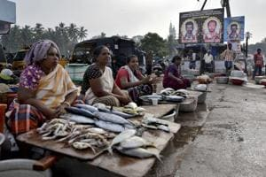 Over 600 fishermen of Tamil Nadu, Kerala still missing after Cyclone...
