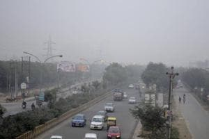 Entry of trucks prohibited on three more routes in Noida