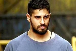 Sidharth Malhotra blacks out his social media profiles