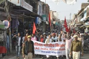 Farmers hold rally in Rajasthan demanding debt waiver, water for...
