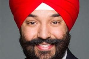 Canada minister Bains bats for open internet after US ditches net...