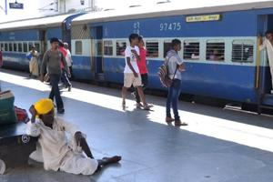 Railways to install CCTV cameras in 983 stations using Nirbhaya Fund