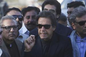 Pakistan SC clears Imran Khan, refuses to reopen case against Sharif...