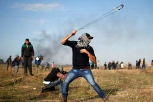 Israeli troops wounds more than 40 Palestinians in protests over US...