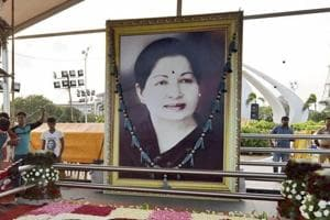 Jayalalithaa was brought to Apollo in breathless state: Hospital