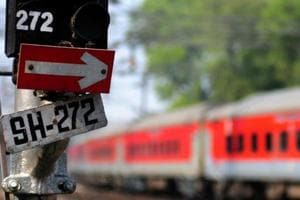 Indian Railways to discuss if Rajdhani Express train can make round...