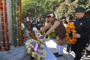 Rawat pays tributes to martyrs of 1971 Indo-Pakistan war