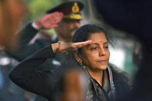 Sitharaman, armed forces pay tributes to heroes of 1971 war