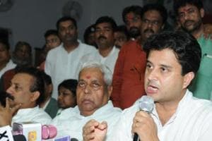 Centre, MP govt policies have hit farmers: Jyotiraditya Scindia