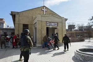 Suicide bombers attack church in Pakistan's Quetta, 5 killed