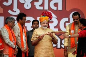 The BJP won because Narendra Modi did all he could to appeal to Gujarati pride. The Congress did not lose because Rahul Gandhi did all he could and more, to appeal to Gujarat's wisdom.