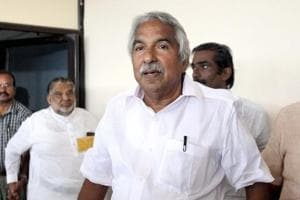 Chandy knocks on Kerala HC door, wants solar scam report quashed